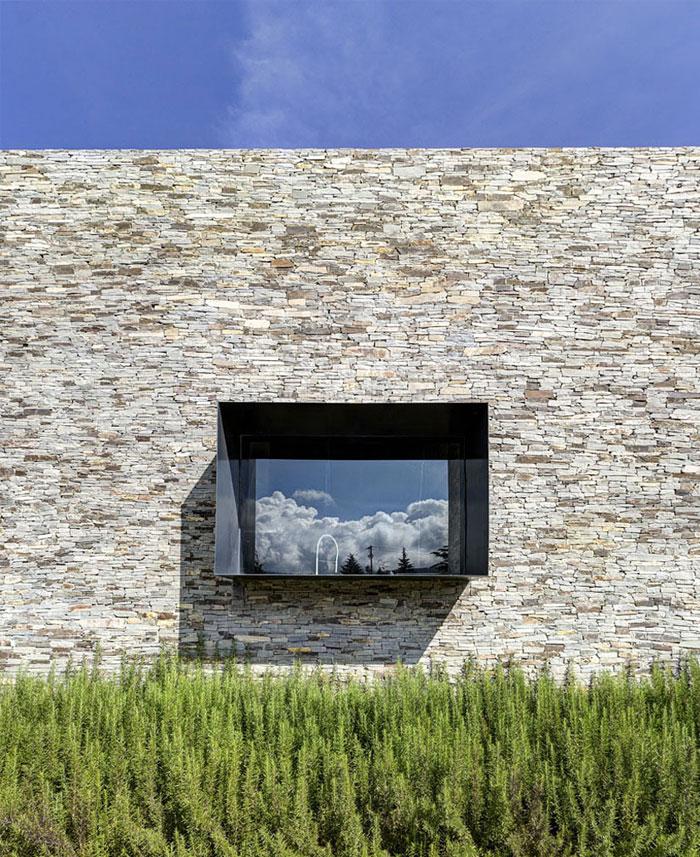 Stone House với Magnificent Xem Elias Rizo Arquitectos gỗ đá kết cấu kỳ lạ vườn