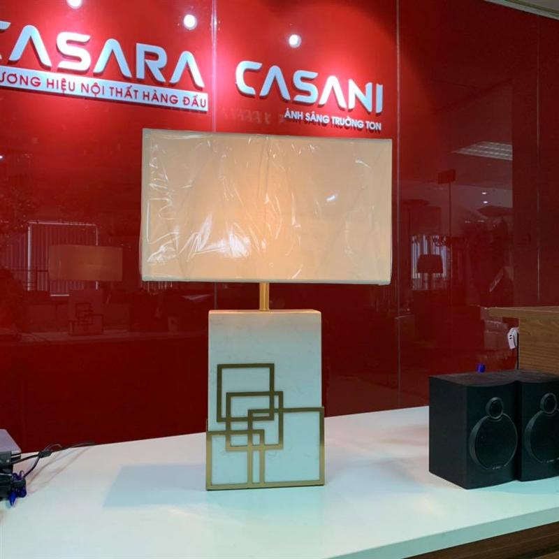 đèn bàn trang trí Casani