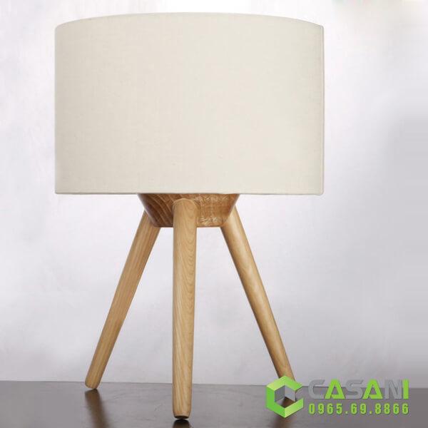 Đèn bàn trang trí CDB004