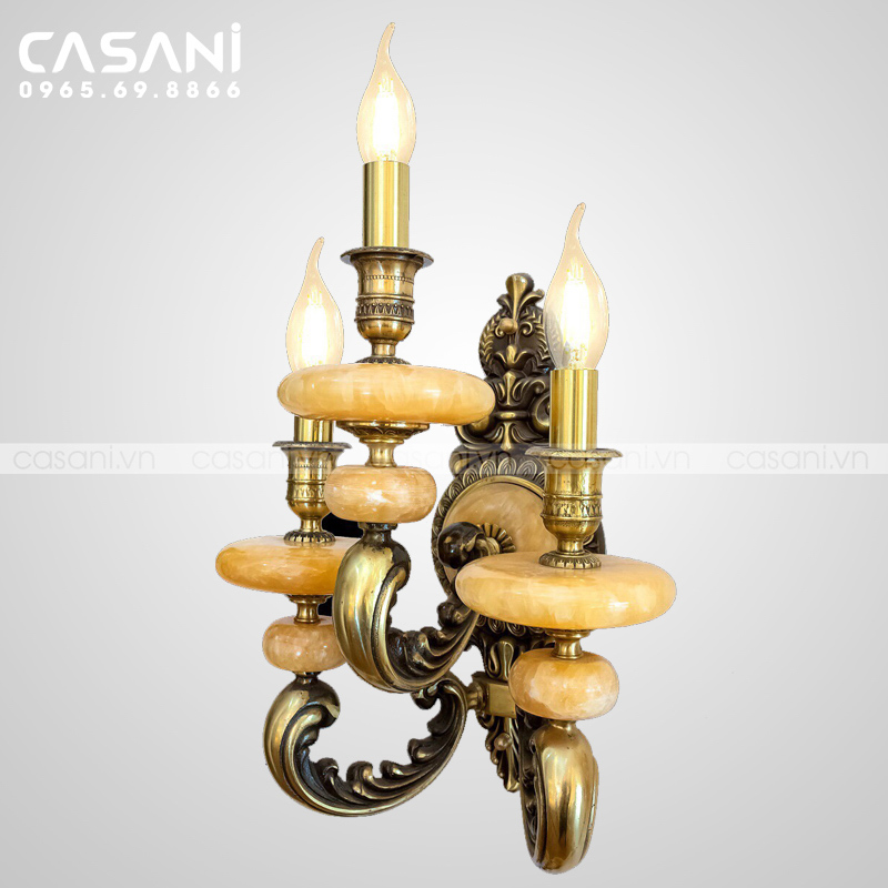 Những lý do nên chọn đèn treo tường cổ điển